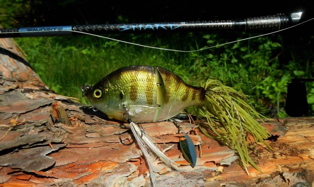 TH Tackle Zoe Jointed - гибридная приманка, рассчитанная на ловлю именно неактивной рыбы