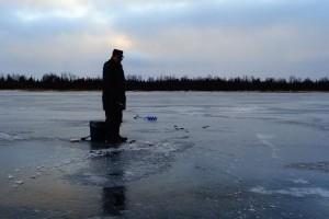 Подледный лов раттлином и блейдбейтом в начале зимы