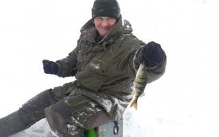 Зимний поиск перспективных мест ловли окуня на водохранилище