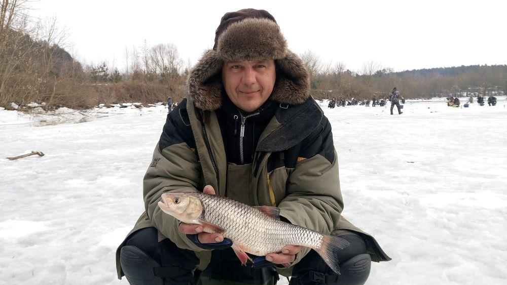 В затонах можно поймать активную речную рыбу