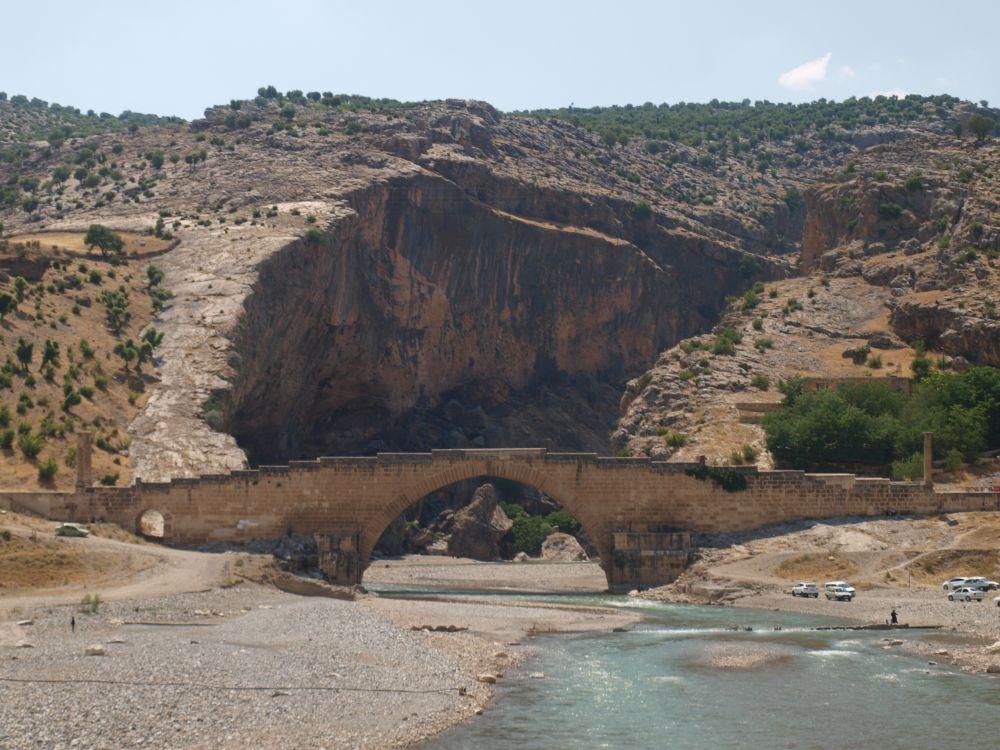 Римский мост II века через Тигр прекрасно сохранился