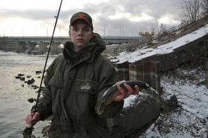 Реалии пензенского зимнего спиннинга, или ловля в теплых сливах