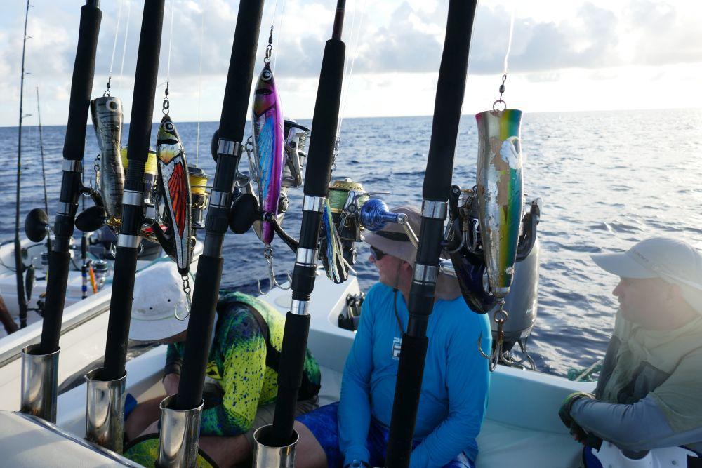 Морские попперы и стикбейты – для ловли взаброс
