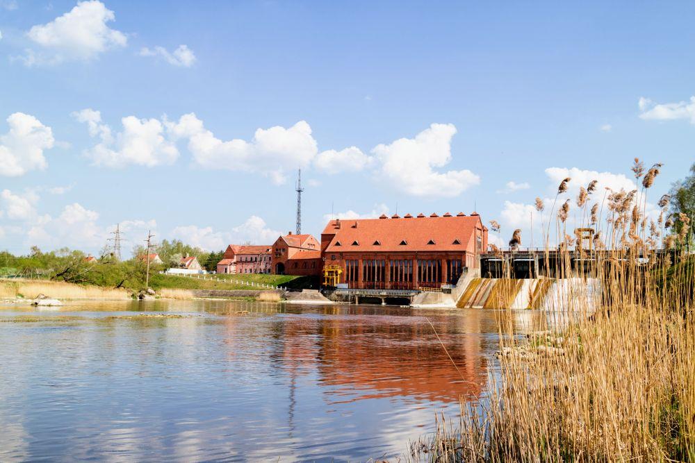 Красивых краснокирпичных зданий, вроде ГЭС «Фридланд», в германской Восточной Пруссии было построено много